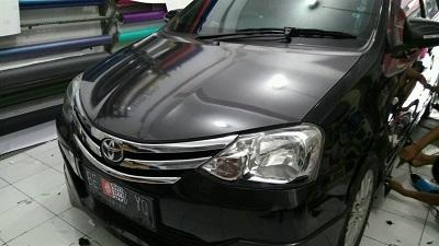 wrapping stiker mobil | carbon stiker kap mesin | mangele stiker 081227722792