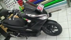 stiker mobil motor bandung pcx hitam doff oracal mangele