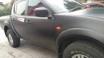 wrapping stiker mobil | Mitsubishi Strada Triton Hitam Doff Premium | mangele stiker 081227722792