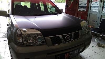 stiker-mobil-bandung-kap-mesin-carbon-4d-xtrail-mangele