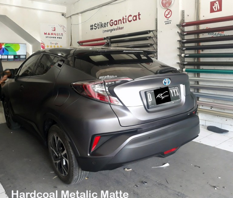 wrapping stiker mobil | Toyota CHR Full Sticker Hardcoal Metallic Matte / Dark Grey Doff Metalik Keren | mangele stiker 081227722792
