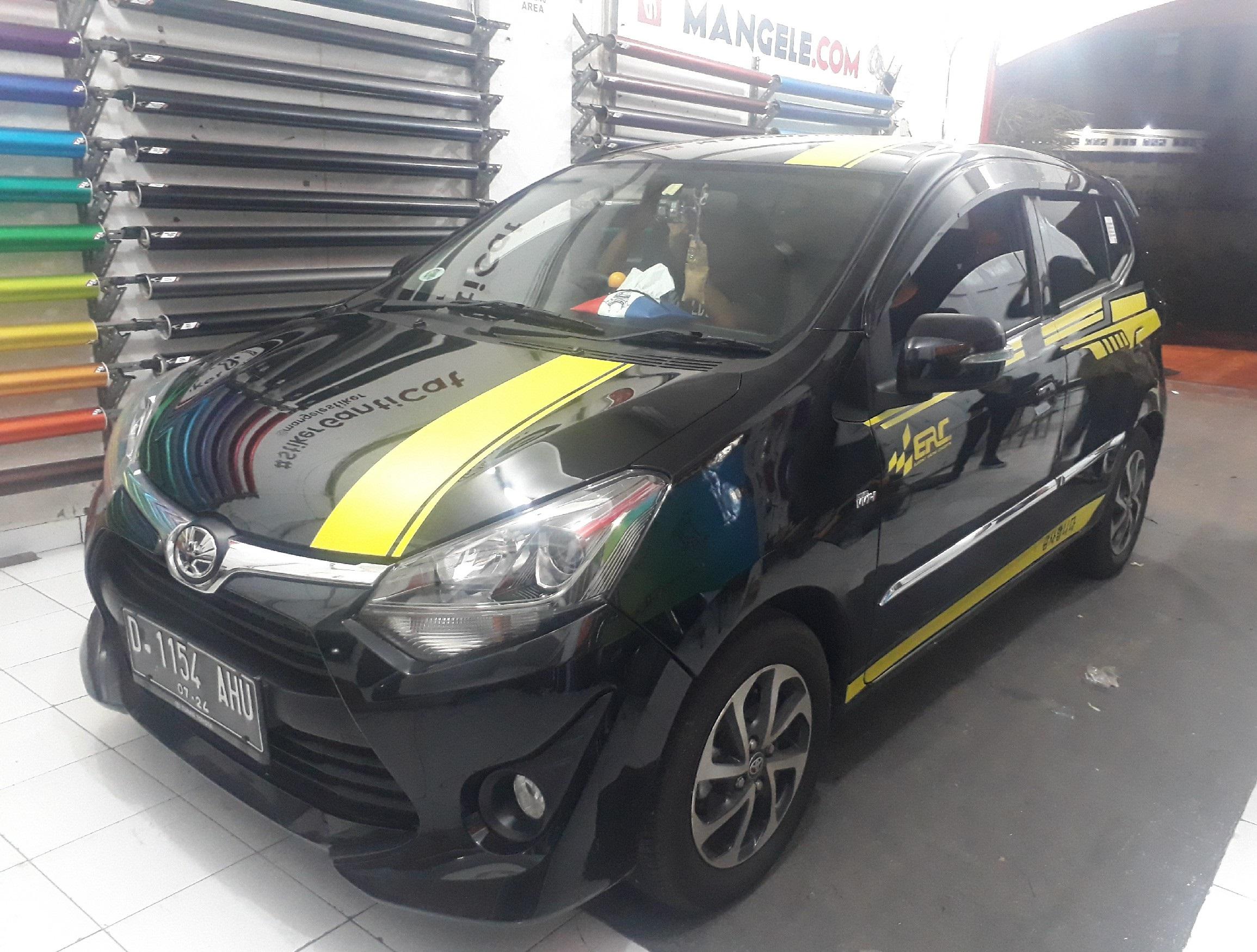 cutting stiker mobil | cutting Agya striping keren di Bandung | mangele stiker 081227722792