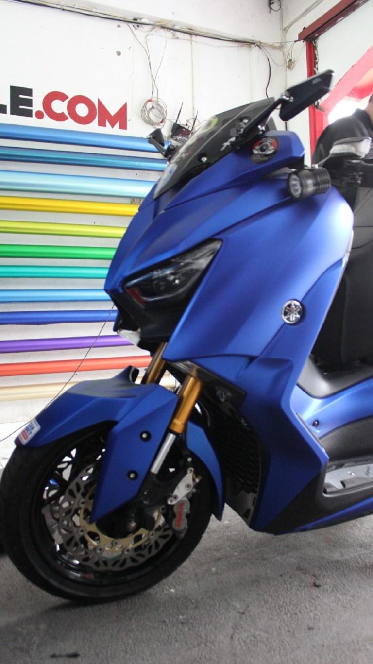 wrapping stiker motor | xmax fullbody sticker biru doff metallic keren | mangele stiker 081227722792