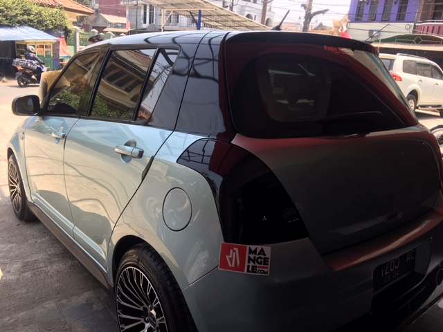 stiker lampu mobil hitam| swift smoke hitam gloss hybrid sticker