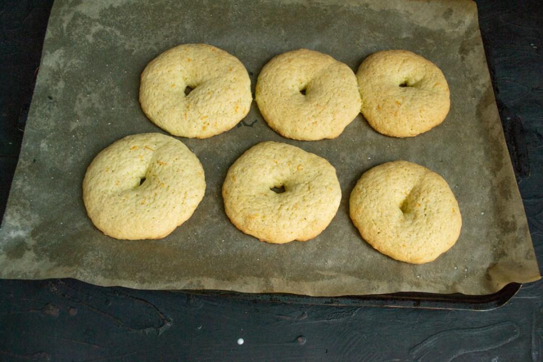 baked taralli dough