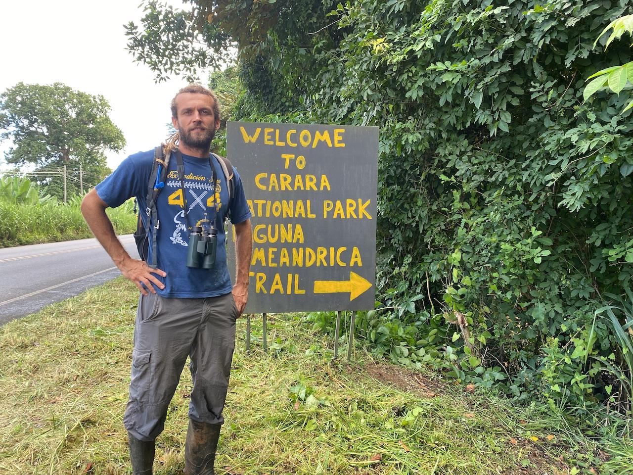 Jornada de Limpieza en el Parque Nacional Carara en conmemoración al día de los parques nacionales