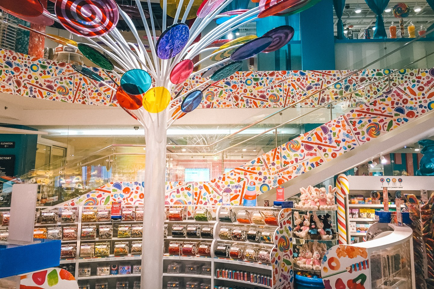 Things to do with one day in Chicago: Dylan's Candy Bar