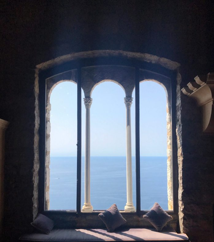 A day trip to Eze is not complete without explore the Château de la Chèvre d'Or, a boutique hotel located right in the town.