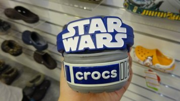 crocs-starwars-crog[14]