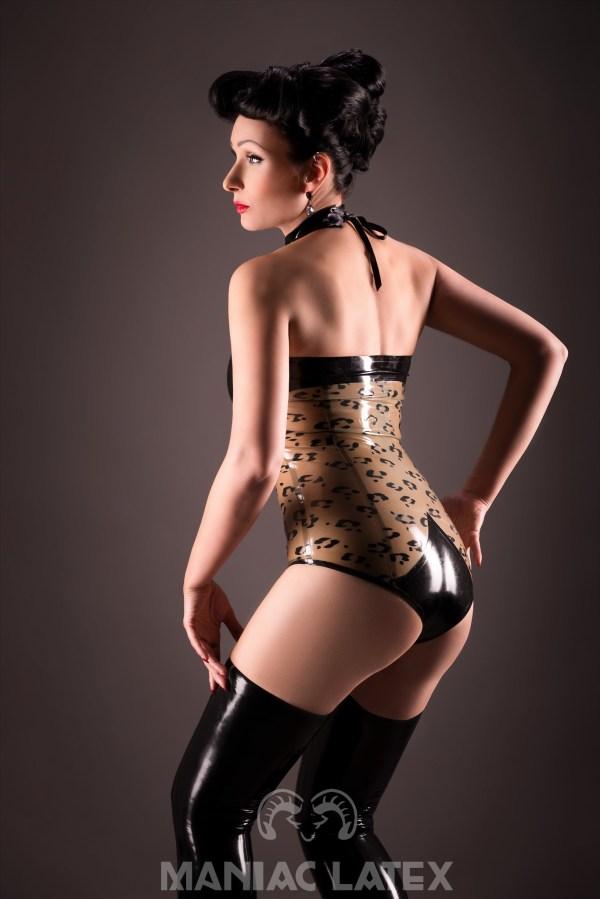Leo Body_Basic Stockings (1)_Big City Life_Maniac Latex