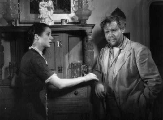Elsa Lanchester and Charles Laughton in Vessel of Wrath