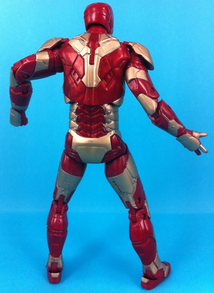 Iron-Man-3-Mark-42-Armor-Marvel-Legends-Back-2013-e1365522295501