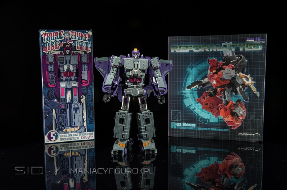 Transformers Astrotrain aka Chigurh by DX9 box