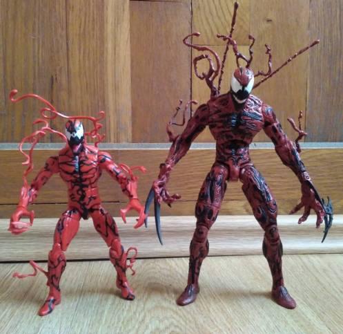 Marvel Select Carnage vs Marvel Legends Carnage