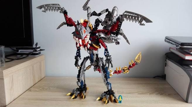 Transformers Titans Return Titan Master Nightbeat vs Bionicle
