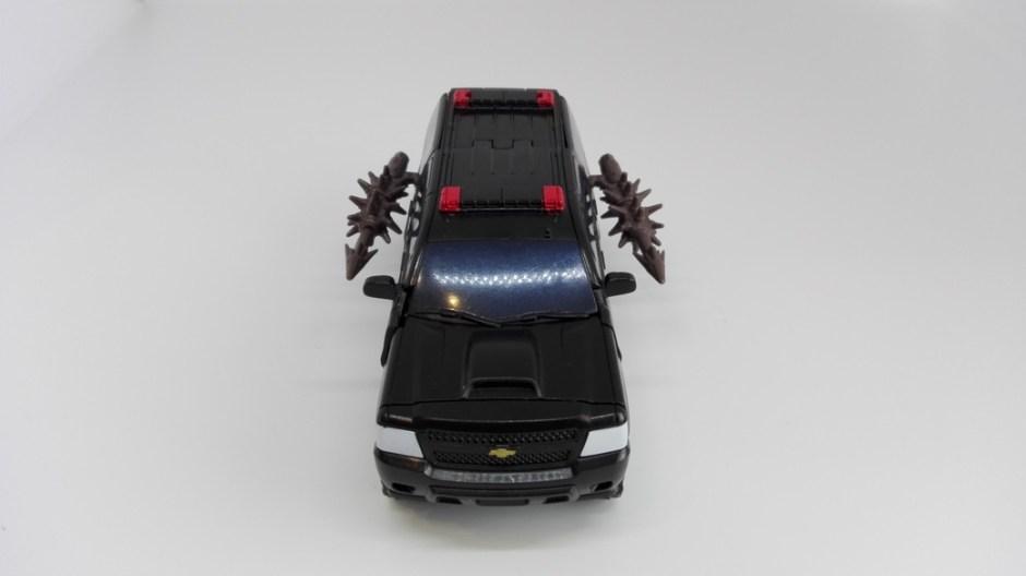 Transformers Studio Series Crowbar alt-weapon-storage-2