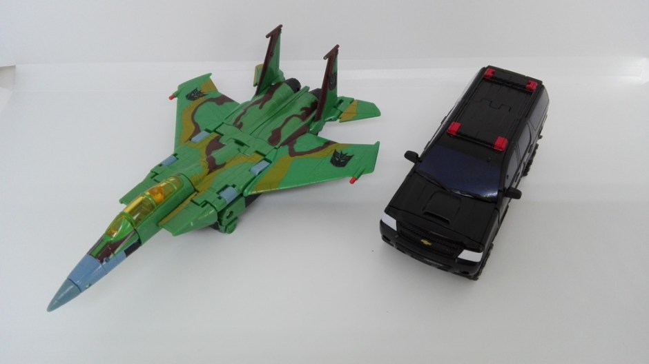 Transformers Studio Series Crowbar altmode-comparisons-4