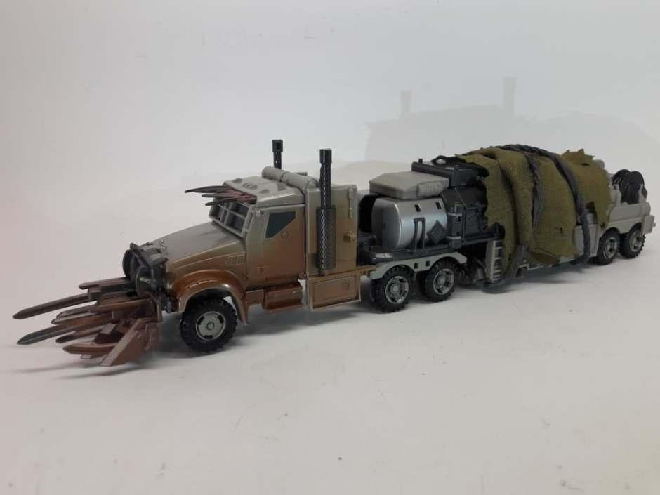 Transformers Studio Series Leader DotM Megatron