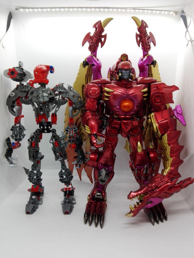 LEGO Bionicle 8924 Maxilos & Spinax Maxilos-comparison-4