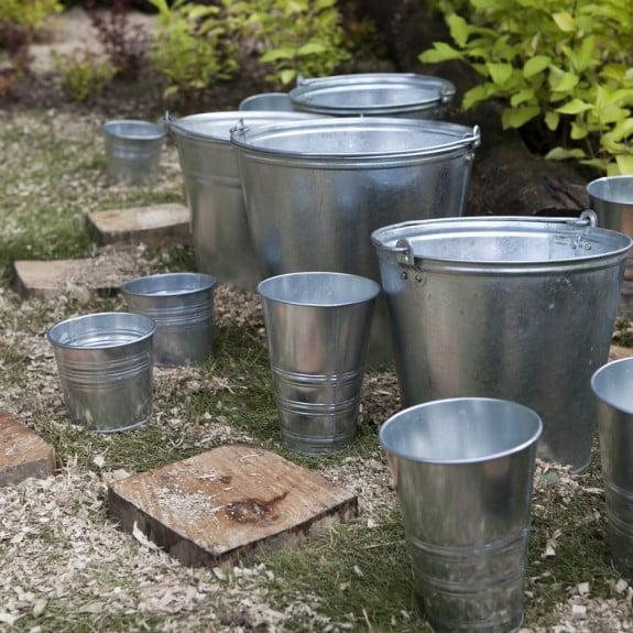 como fazer estante baldes Como fazer estante com baldes
