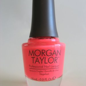Morgan Taylor Polish 50182 - Manga-round With Me