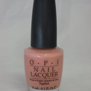Discontinued OPI H17 - Infatuation