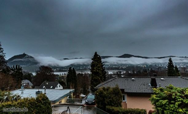 Tiefhängende Wolken über dem Rheintal .:. 23.12.20