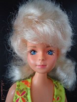 Tong clone doll blonde