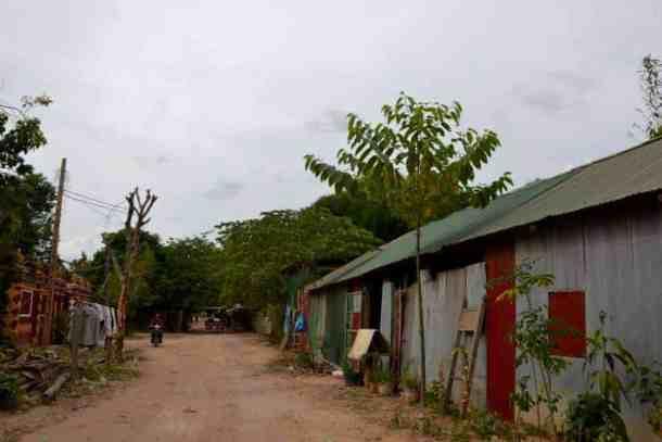 Siem reap villages in Cambodia - #volunteerinasia #volunteerincambodia maninio.com