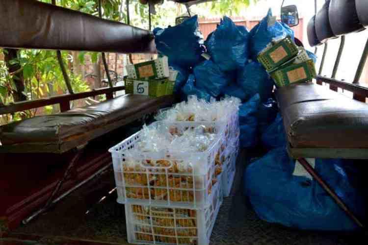 Food is ready for villages deliveries in siem reap- #volunteerinasia #volunteerincambodia maninio.com