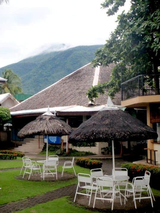 Paras beach resort, Philippines. maninio.com #tourismphilippines #visitcamiguin