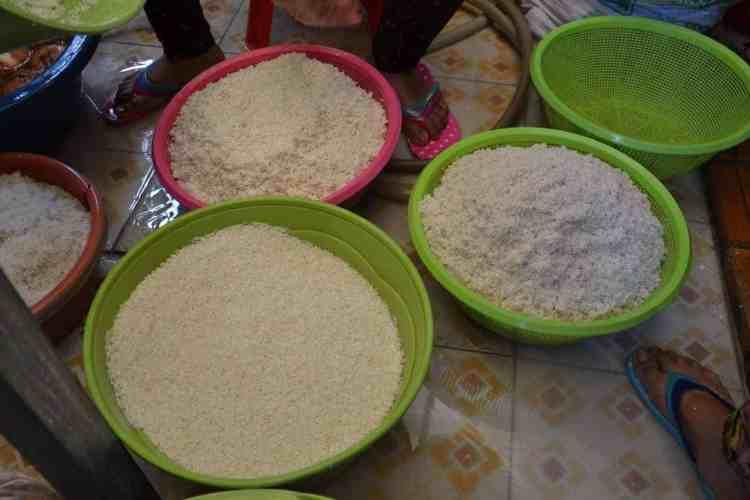 Fresh rice cleaning- #volunteerinasia #volunteerincambodia maninio.com