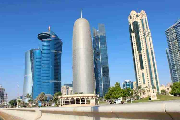 High rise buildings in Doha maninio.com #constructiondoha #buildingsqatar