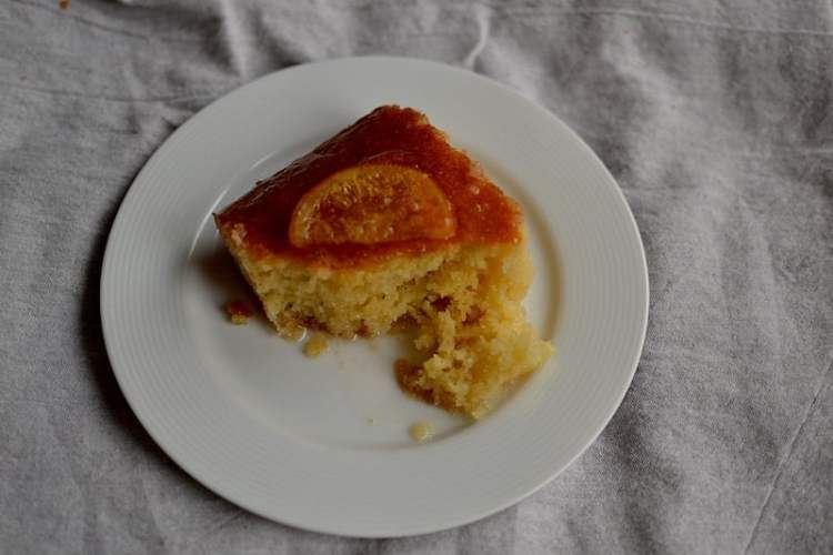 things to know before your visit in Greece. Greek orange pie. maninio.com, #greektravels #greekforeigners