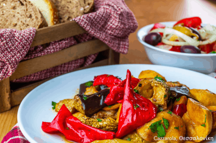 7 Vegan Delivery | Εστιατόρια, Θεσσαλονίκη Cazzarola #veganrestaurants #greekvegan maninio.com