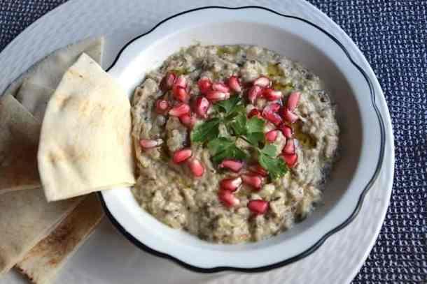 Σερβίρσμα Μουτάμπαλ (Μπαμπά Γκανούς) Μέση Ανατολή - Vegan