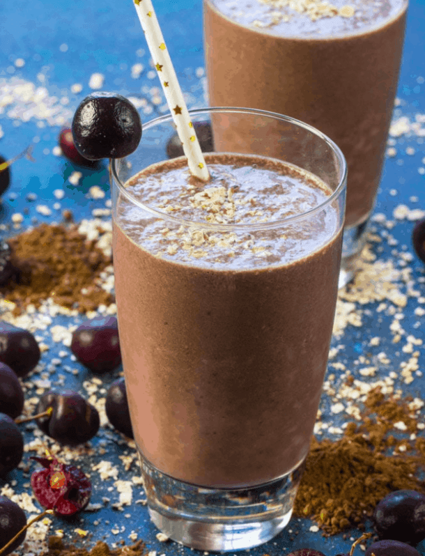 30minutesmeals - Chocolate Cherry Smoothie - Vegan Healthy Breakfast Ideas to Start your day. maninio.com