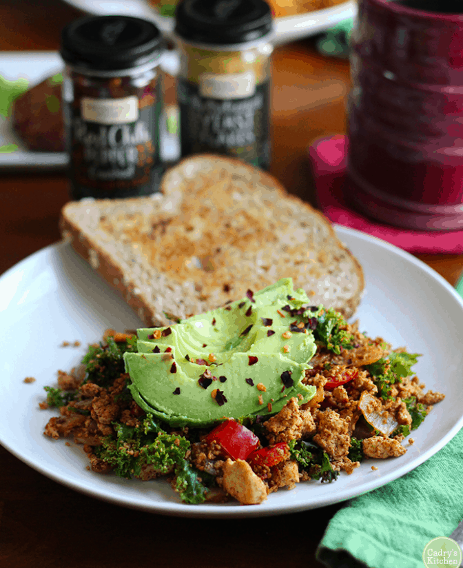 Cadryskitchen - Vegan Tofu scramble - Vegan Healthy Breakfast Ideas to Start your day. maninio.com