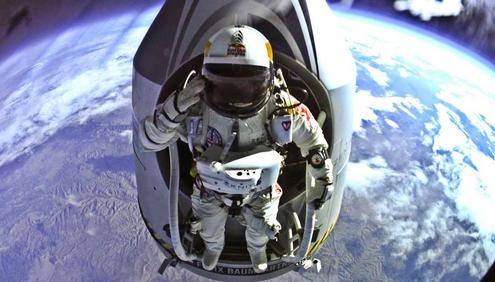 Red Bull Skydive >> Red Bull Stratos Mission To The Edge Of Space With Felix Baumgartner