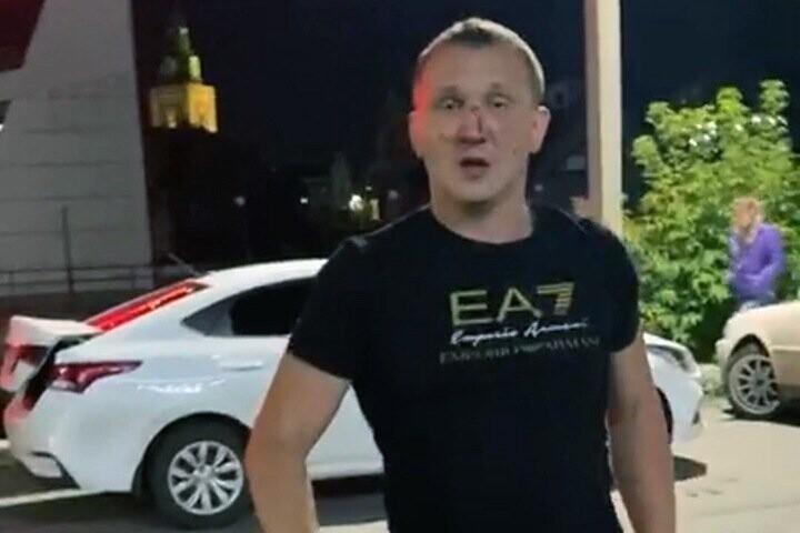 Rusya'da boksörlerin kavgasını ayırmaya çalışan kişi aldığı darbeyle öldü