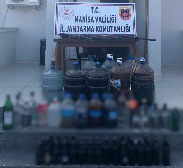 Manisa'da jandarmadan sahte içki operasyonu