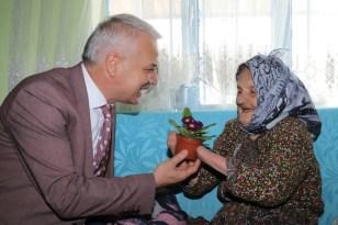 Yaşlı kadın 72 yıl önce yaşadığı acıyı anlattı
