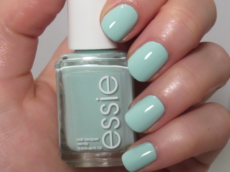 Essie Mint Candy Apple Swatch