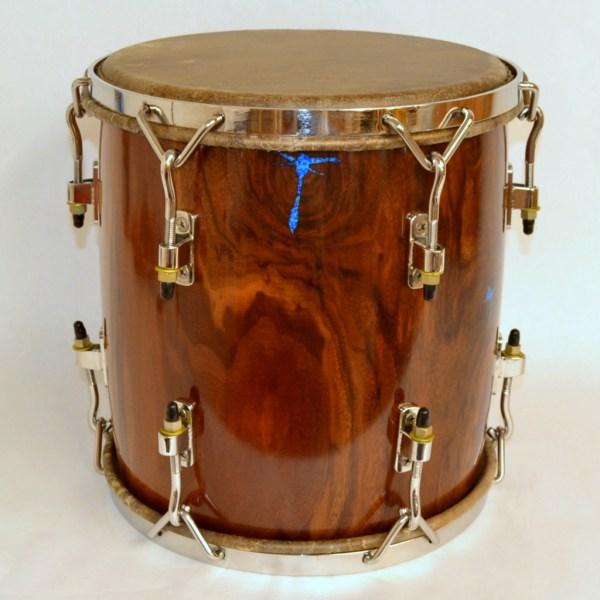 walnut tambora