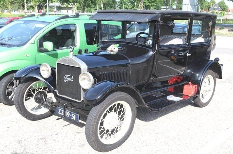 merek mobil tertua di dunia bernama ford t