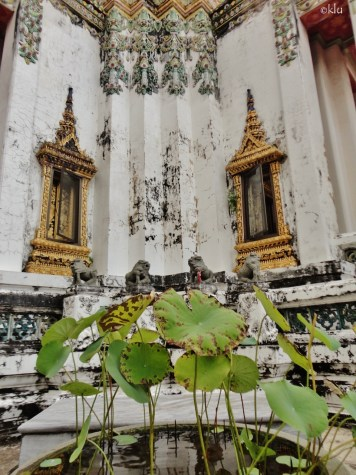 7 images from Wat Pho (the Temple of the Reclining Buddha), Bangkok, Thailand.