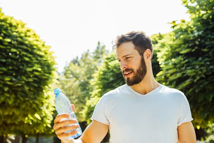 How to maintain and grow a beard during summer. Keep yourself hydrated