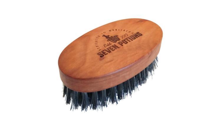 Top notch beard brush by Seven Potions
