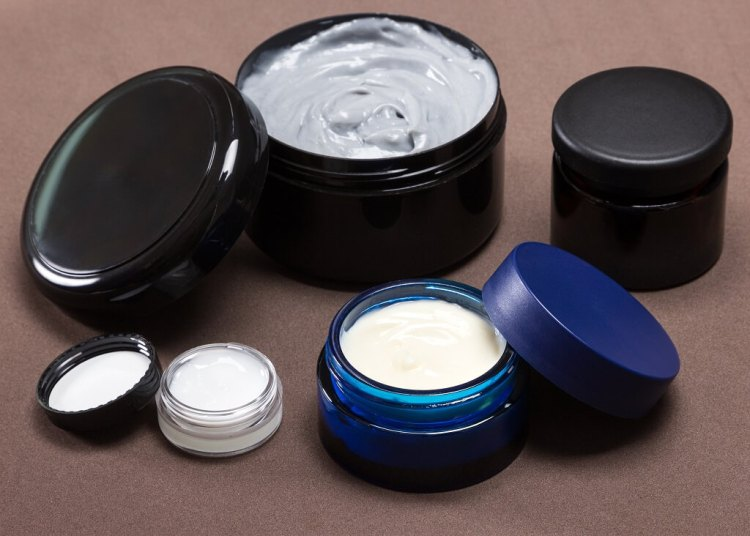 Differences between hair clay, pomade, hair wax, hair styling paste
