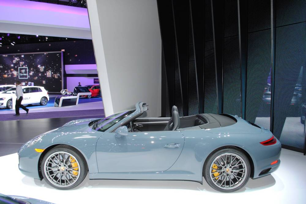 manly nigeria Porsche-911-Carrera-S-Cabrio-8